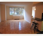 LINCOLN CTR CONV. 2 BD/2BATH ! OWNER PAYS 1/2 FEE!